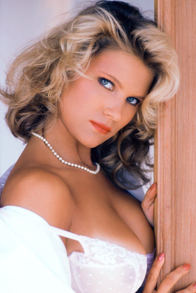Jenny mccarthy playboy nude pictures